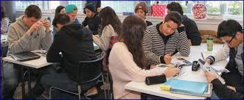 chicos-estudiando-en-vancouver-canada   RegiónNet